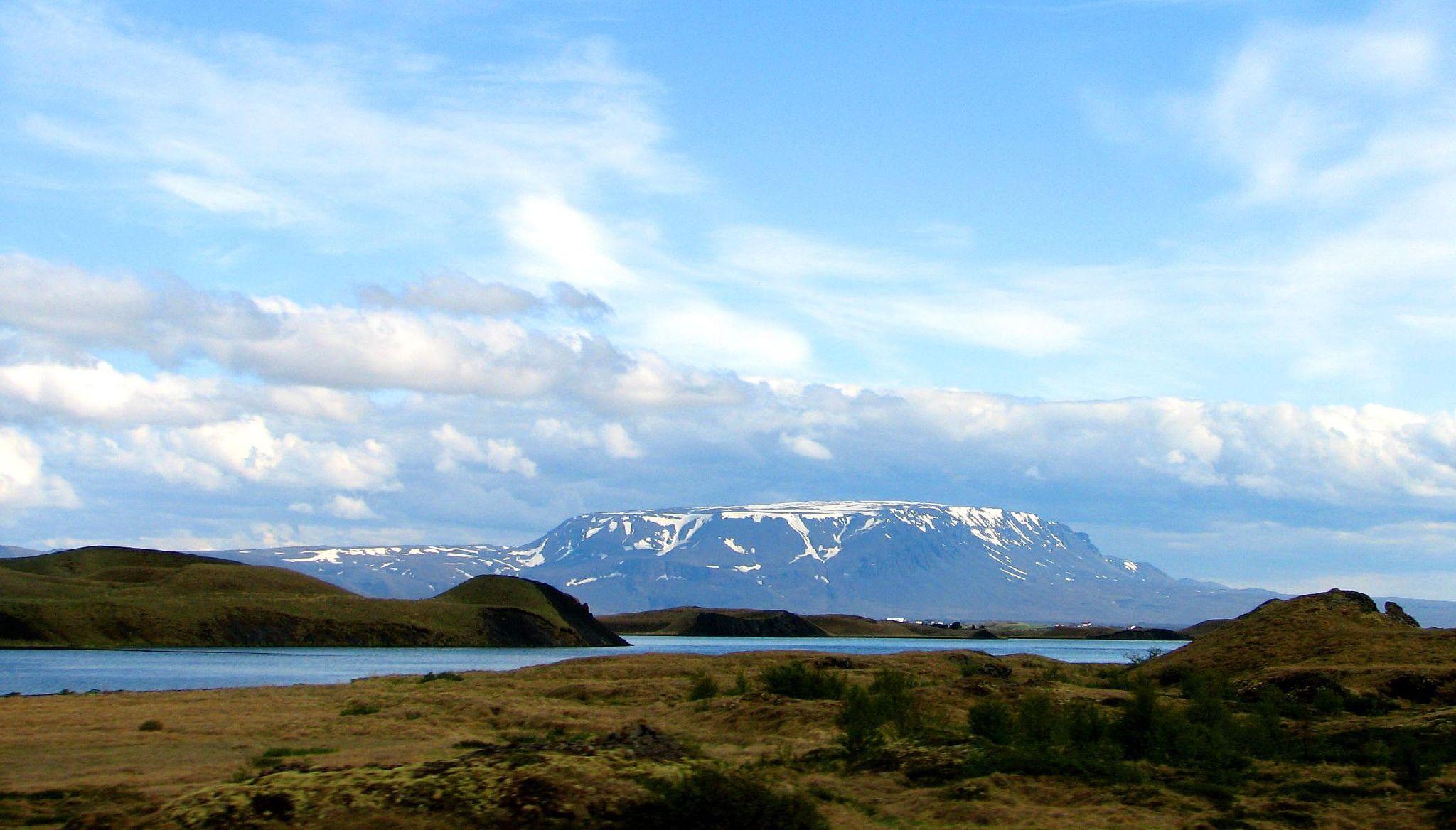 Озеро Исландия