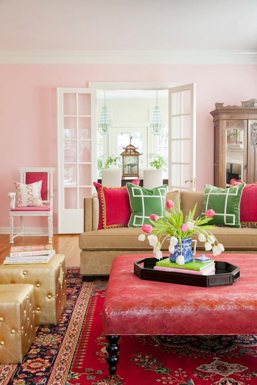 Вторичные цвета: розовые стены в интерьере