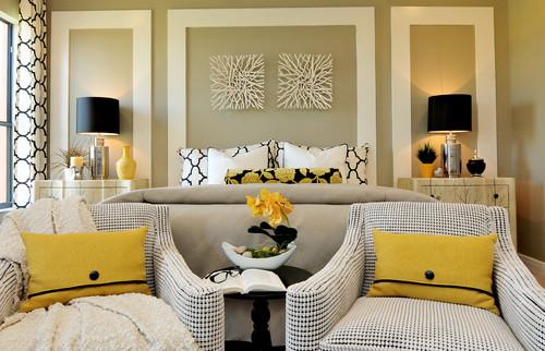 Украсьте стены вашей спальни