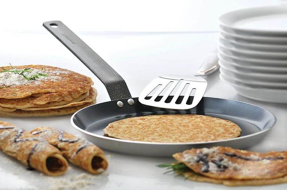 Как выбрать блинницу сковороду