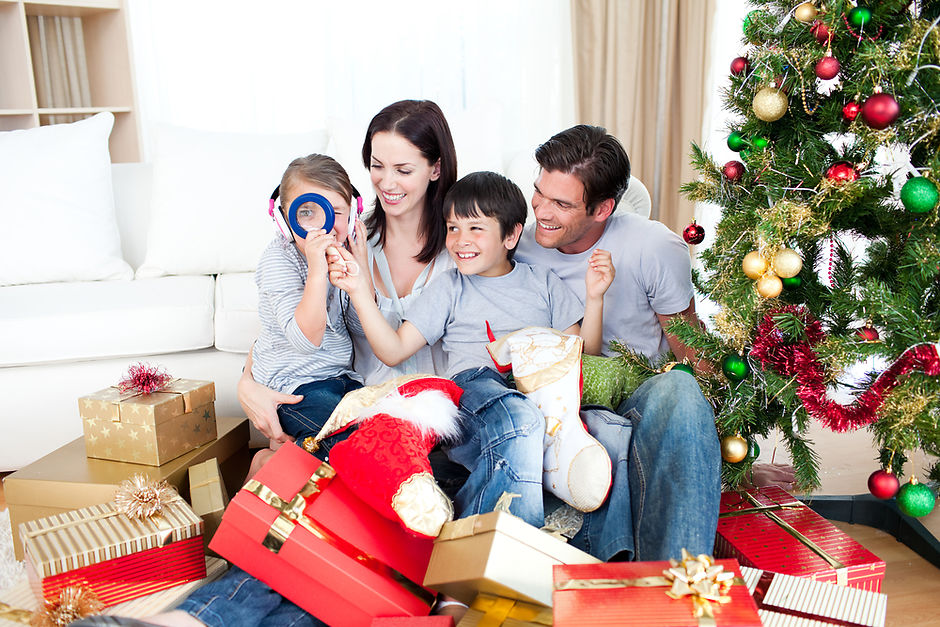 Новогодние подарки для семьи