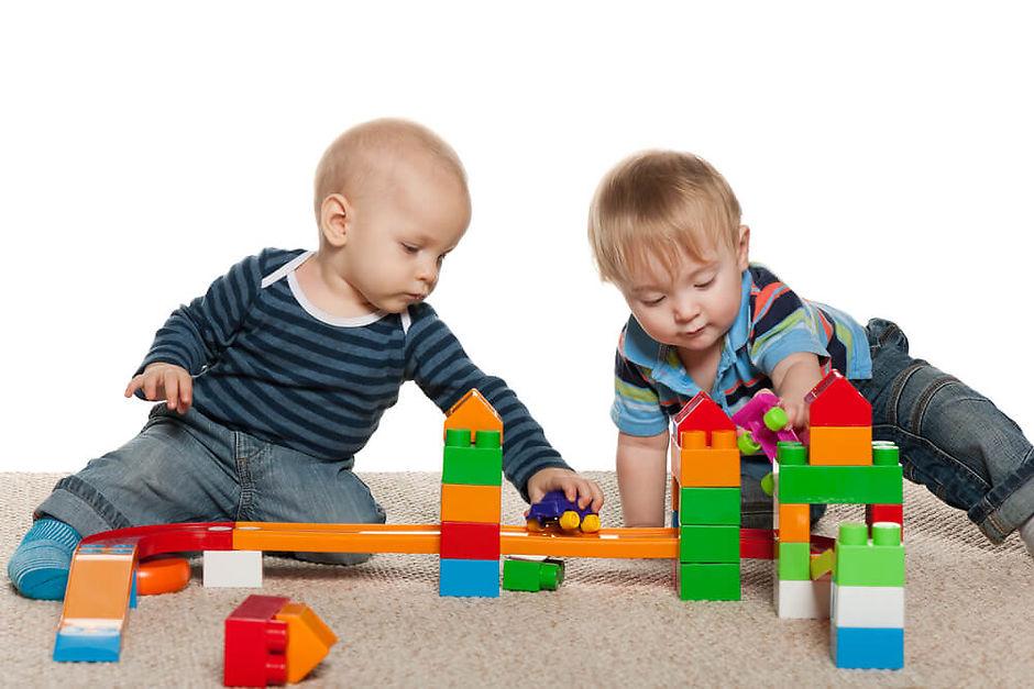 Игрушки для ребенка двух лет