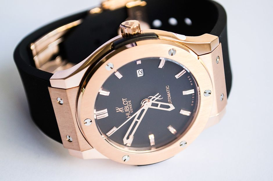 Часы в подарок для мужчины