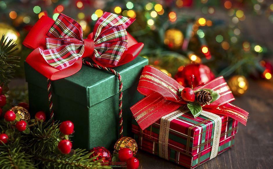 Новогодние подарки для всей семьи