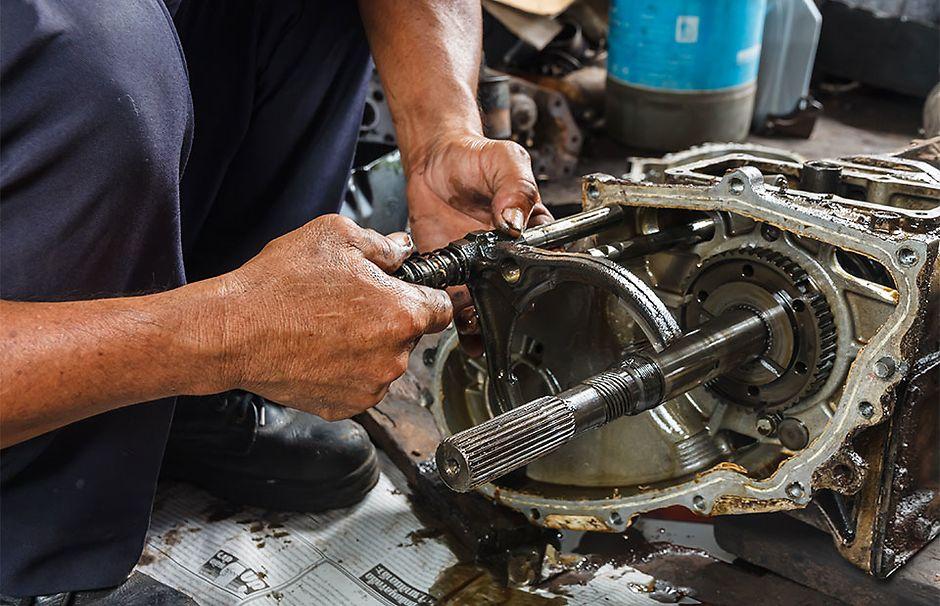 Демонтаж и установка автоматической коробки передач