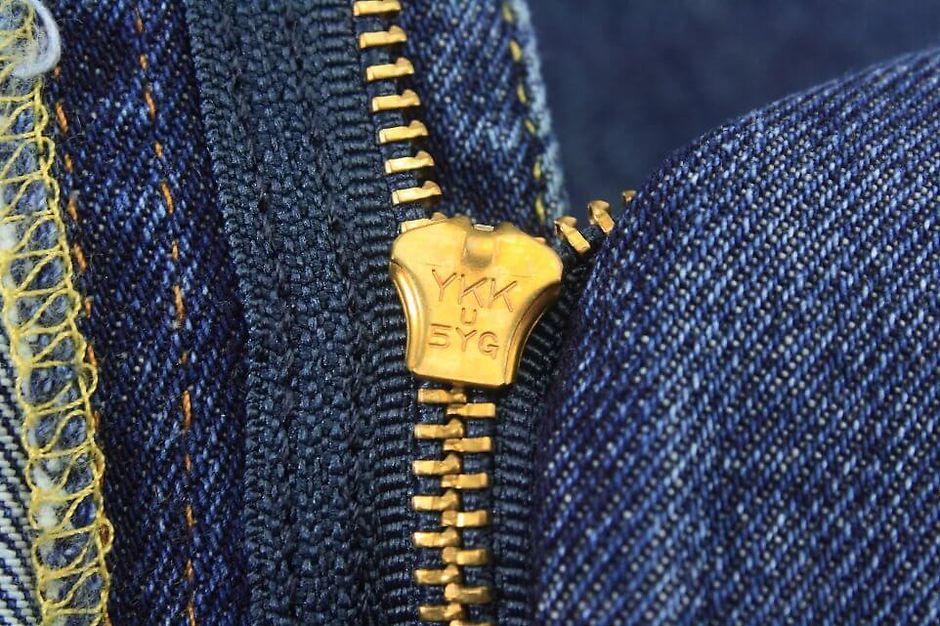 Молния на джинсах Levi's