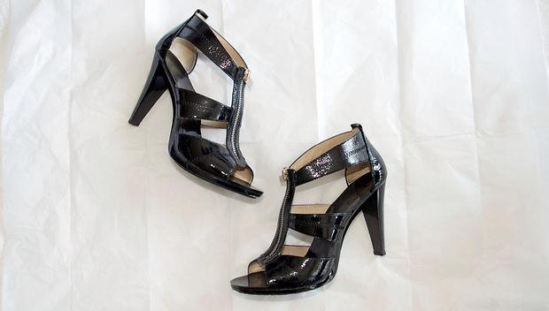 Как расставить обувь для фото