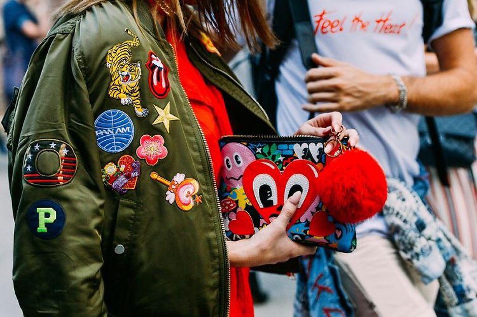 Патчи — говорящая одежда в тренде