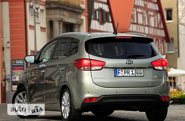 Kia Carens 1.7D AT Mid 2015