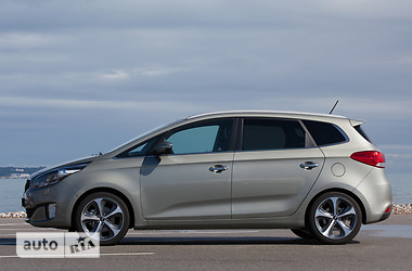 Kia Carens 1.7D AT Mid 2015
