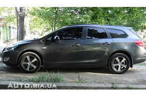 Продаж нового автомобіля Opel Astra J Sports Tourer на базаре авто
