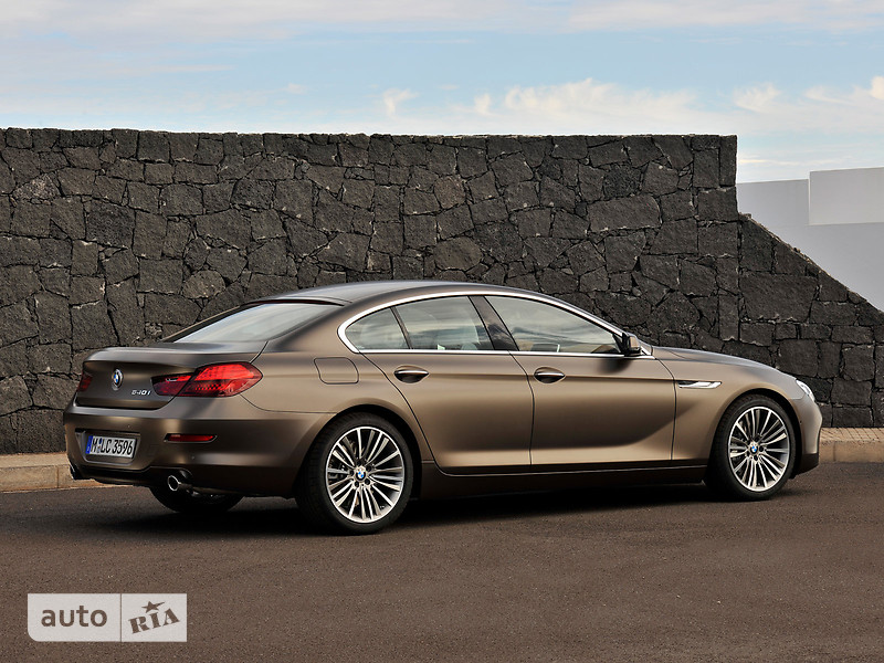 BMW 6 Series Gran Coupe F06 640i АТ (320 л.с.) base