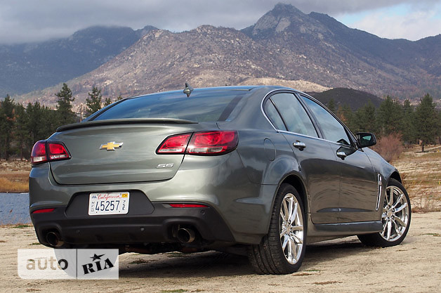 Chevrolet SS 6.2 АТ (415 л.с.)