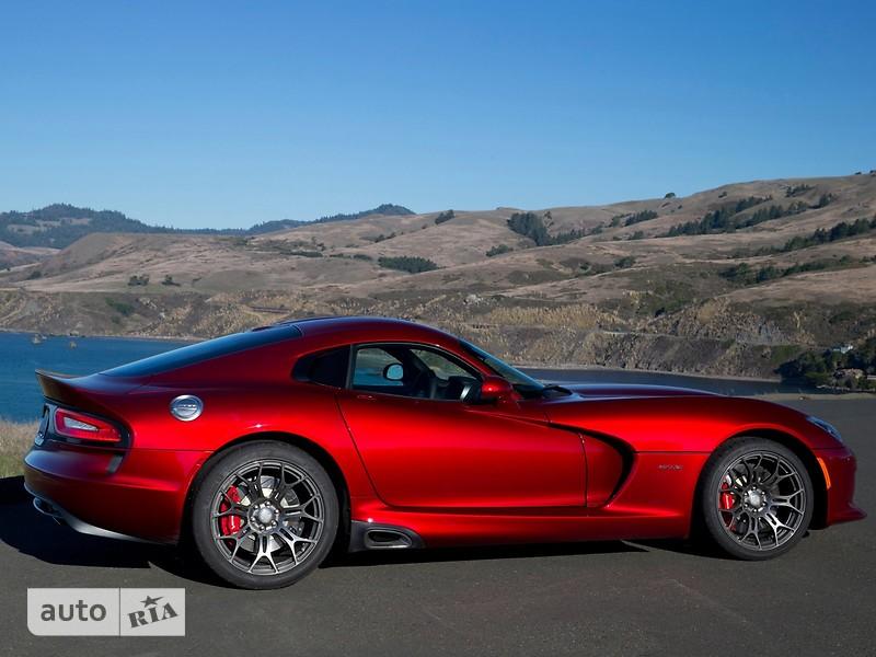 Dodge Viper 8.4 МТ (640 л.с.) GTS