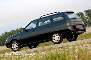Продаж нового автомобіля ВАЗ 2111 на базаре авто