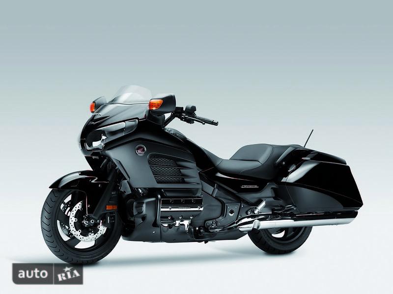 Honda GL 1800 F6B