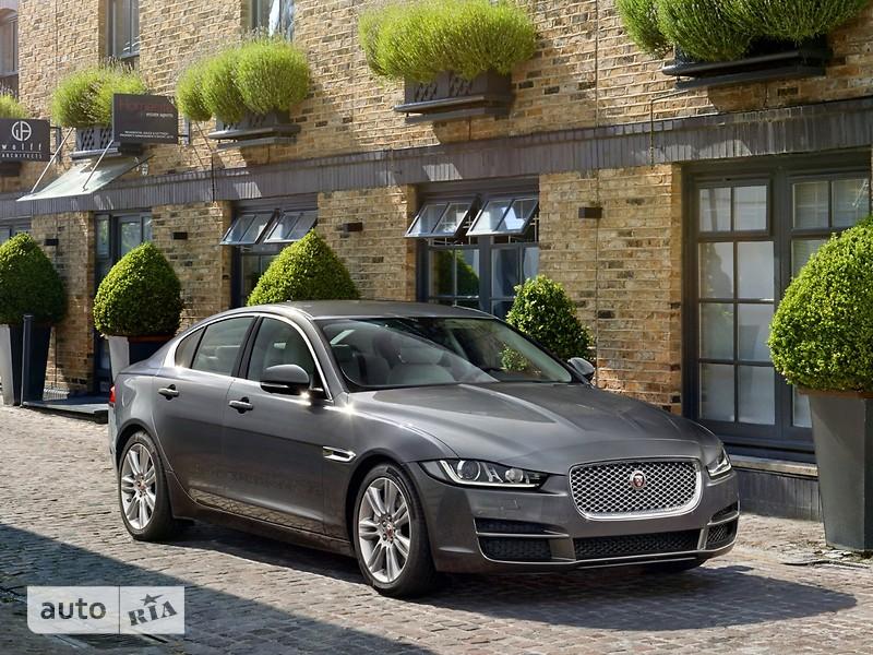 Jaguar XE 3.0 AT (380 л.с.) S