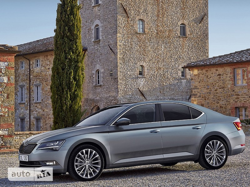Skoda Superb New 2.0 TSI AT (280 л.с.) 4х4 Ambition