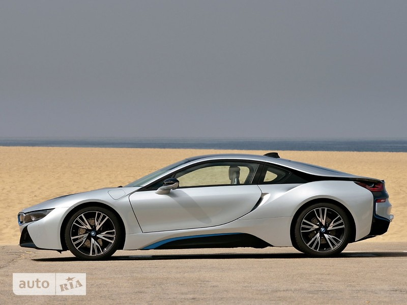 BMW I8 1.5 АT (357 л.с.) Pure Impulse World