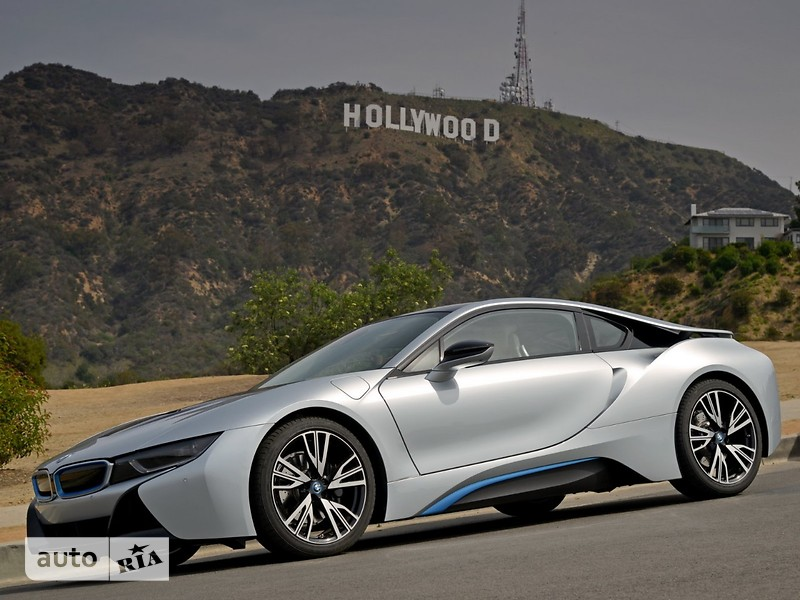 BMW I8 1.5 АT (357 л.с.) Pure Impulse World