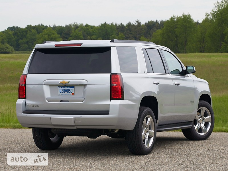 Chevrolet Tahoe 5.3 АТ (355 л.с.) LT