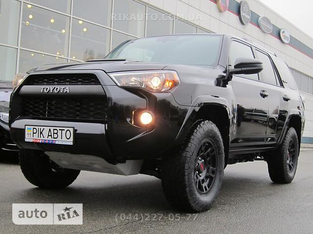 Toyota 4Runner 4.0 AT (270 л.с.) AWD SR5