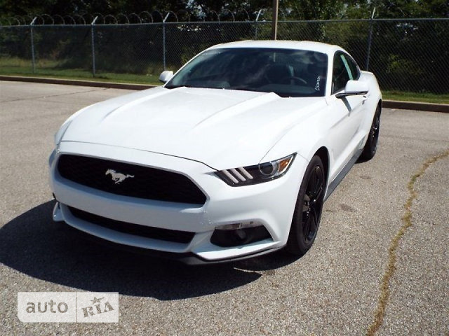 Ford Mustang 2.3i AT (310 л.с.) Premium
