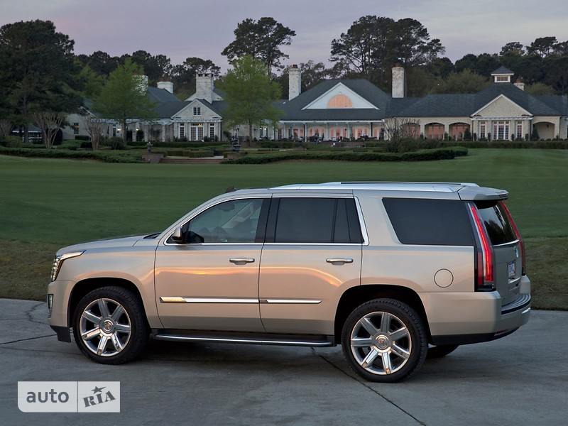 Cadillac Escalade 6.2 АТ  Premium