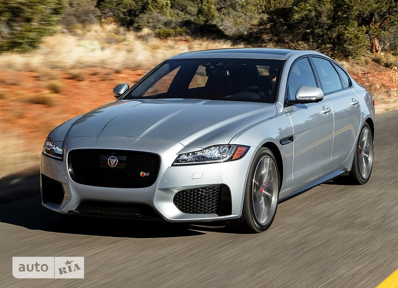 Jaguar XF 2.0 AT (300 л.с.) AWD Prestige