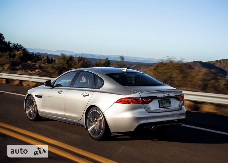 Jaguar XF 2.0 AT (200 л.с.) Portfolio
