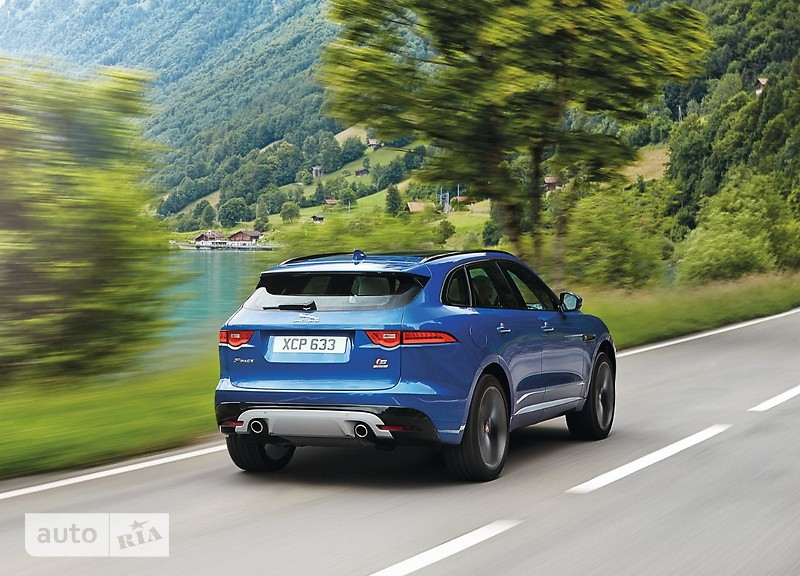 Jaguar F-Pace 2.0 AT (250 л.с.) AWD Pure