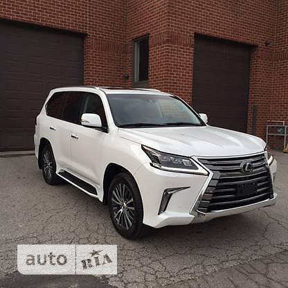 Lexus LX 570 AT (367 л.с.) Luxury
