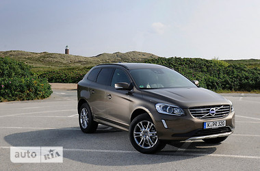 Volvo XC60 D5 2.4 AT (215 л.с.) AWD Kinetic 2016