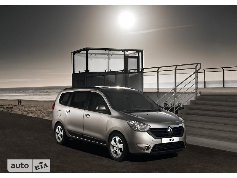 Renault Lodgy 1.5D МТ (90 л.с.) 7s Authentique