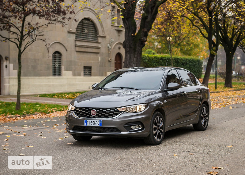 Fiat Tipo 1.4 МТ (95 л.с.) Mid