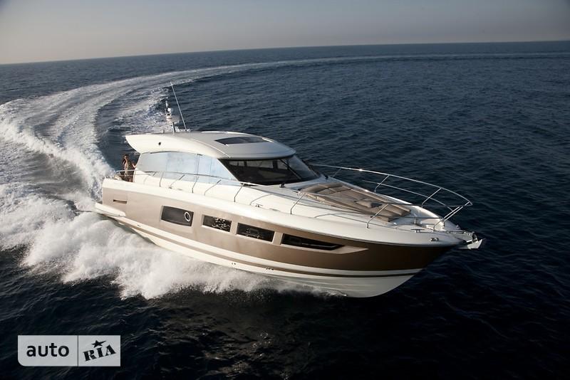 Prestige Yachts Coupe Line 520S
