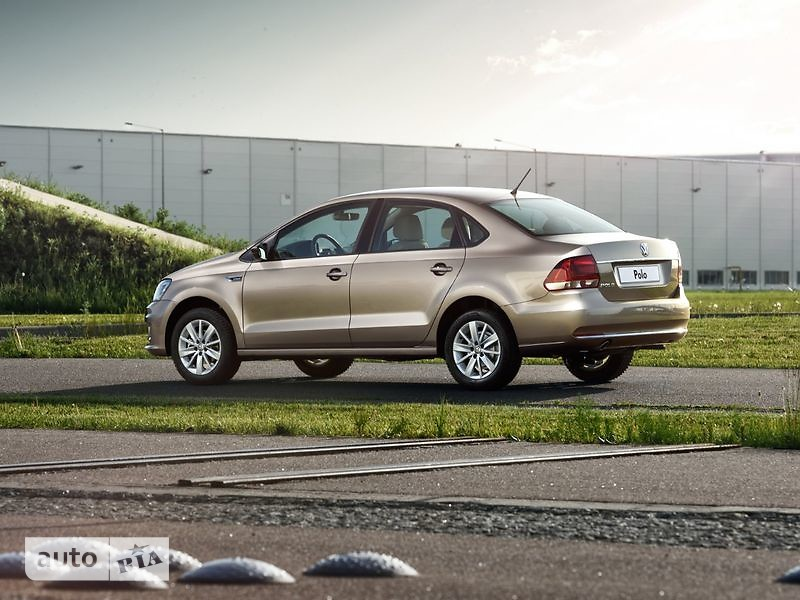 Volkswagen Polo New 1.4 TSI MT (125 л.с.) Highline