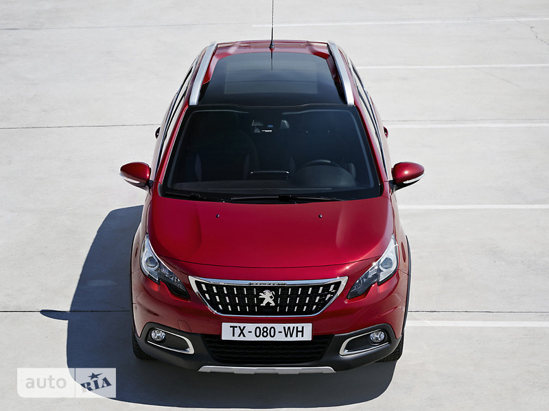 Peugeot 2008 PureTech 1.2 AT (110 л.с.) Start/Stop Allure