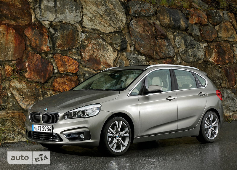 BMW 2 Series  Active Tourer 225i AT (231 л.с.) xDrive base