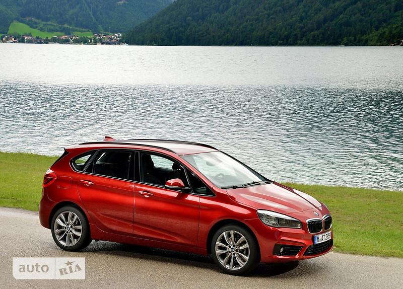 BMW 2 Series  Active Tourer 220i MT (192 л.с.) base