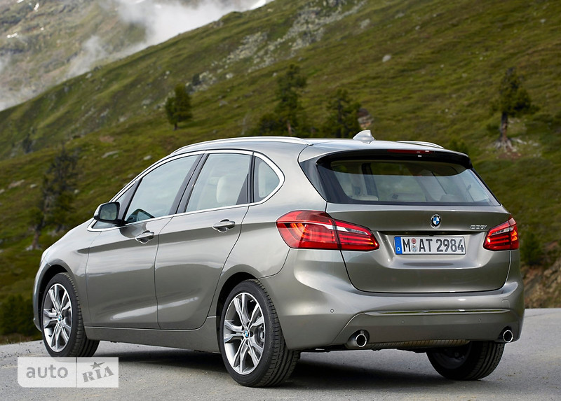 BMW 2 Series  Active Tourer 220d AT (190 л.с.) xDrive base