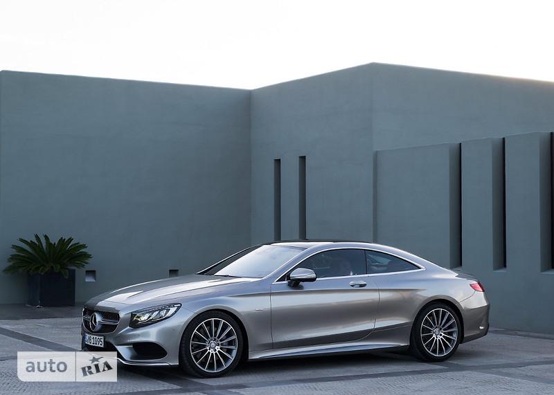 Mercedes-Benz S-Class Mercedes-AMG S 63 AT (585 л.с.)