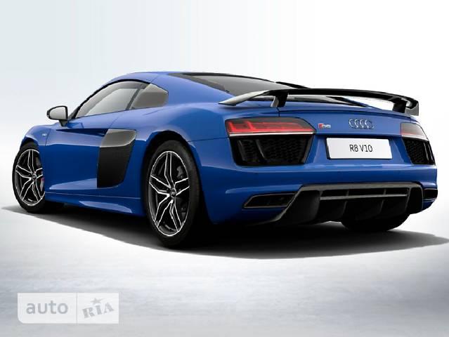 Audi R8 5.2 FSI S-tronic (610 л.с.) Quattro