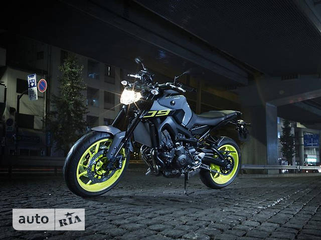 Yamaha MT 09 A