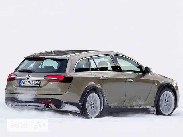 Opel Insignia 1.6 АT (170 л.с.) Country Tourer