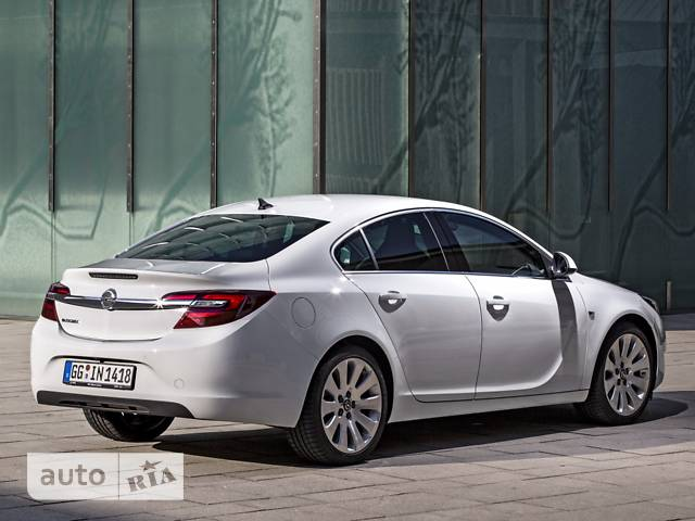 Opel Insignia 2.0 MT (250 л.с.) 4x4 Start/Stop Cosmo