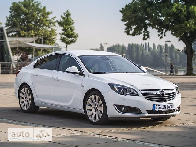 Opel Insignia 1.6D AT (136 л.с.)  Cosmo