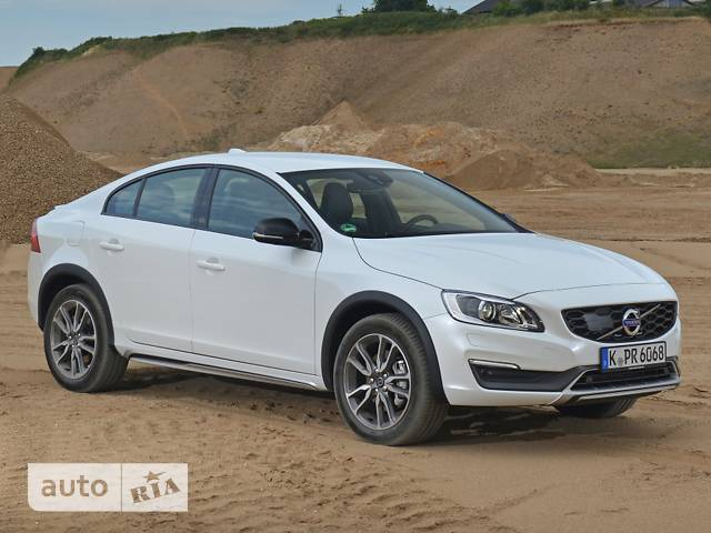 Volvo S60 Сross Country D3 2.0 MT (150 л.с.) Momentum