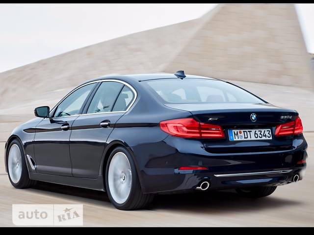 BMW 5 Series G30 520d MT (190 л.с.)  base