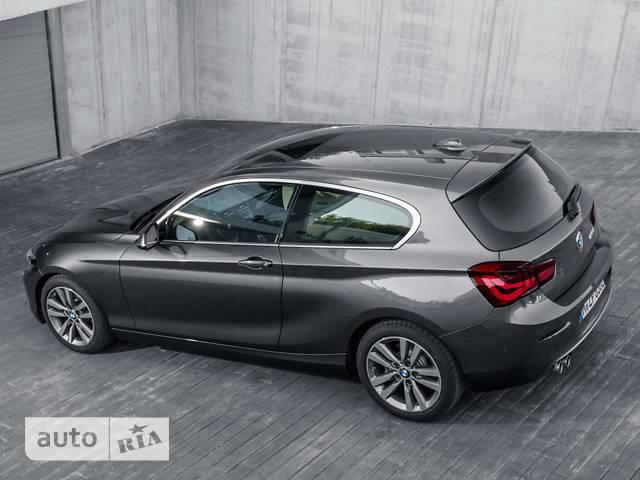 BMW 1 Series (3 двери) 125i AT (224 л.с.) base